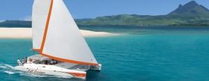 luxury-catamaran-cruise-ile-aux-cerfs (2)