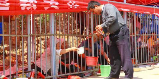 pendapatan-pengemis-di-china-setara-gaji-presiden Profesi Pengemis Jalanan yang Menggiurkan