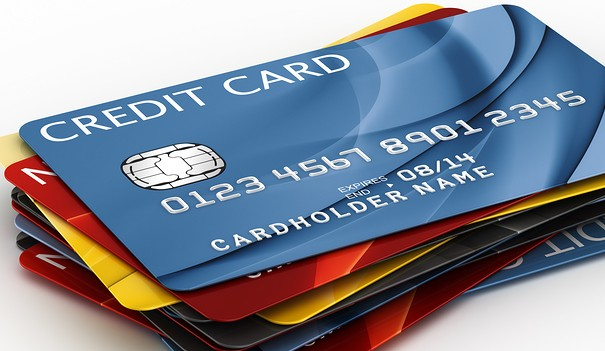 promo kartu kredit bigstock-d-rendering-of-a-credit-cards-17085230-e1356043900570