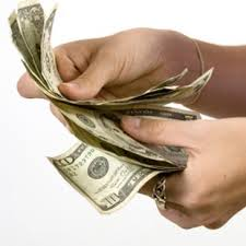 images 6 Pertimbangan sebelum Mengambil Pinjaman