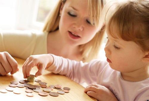 Bagaimana Cara Mengelola Uang Jajan Anak - Perencana Keuangan Independen Finansialku