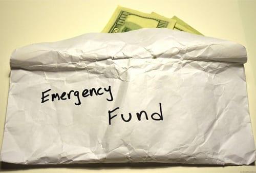 Dana Darurat - Perencanaan Keuangan untuk Usia 20 an
