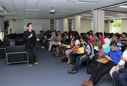 Kisah Sukses Billy Boen pendiri Young on Top - Seminar YOT  - Finansialku