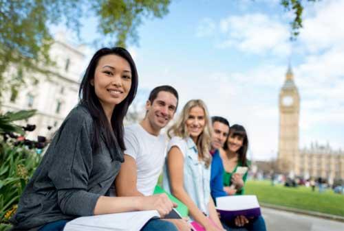 Rencanakan Dana Pendidikan untuk Kuliah Luar Negeri - Perencana Keuangan Independen Finansialku