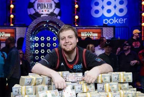 Kaya Mendadak Setelah Menang Kejuaraan Judi Poker Dunia