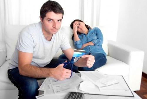 4 Kesalahaan Pengguna Pemula Kartu Kredit - Perencana Keuangan Independen Finansialku