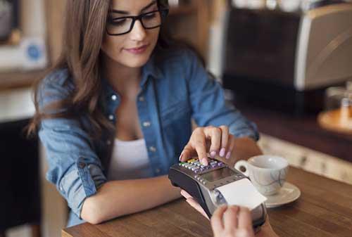 Sudahkah Anda Memiliki Asuransi Kartu Kredit