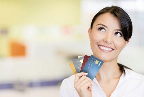 Mengapa Fresh Graduate Perlu Memiliki Kartu Kredit Sendiri - Perencana Keuangan Independen Finansialku