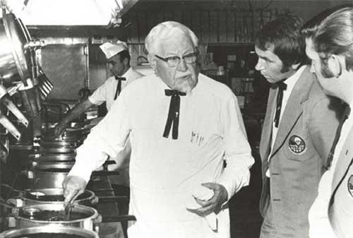 Kisah Sukses Colonel Sanders Pendiri KFC 3 - Perencana Keuangan Independen Finansialku