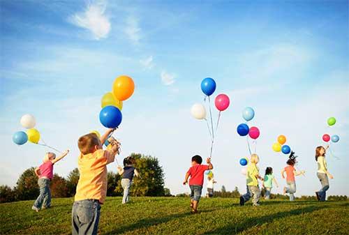 6-cara-mendidik-anak-agar-tidak-menjadi-materialistis-finansialku