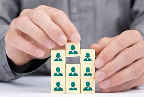 para-karyawan-website-financial-aggregator-bantu-anda-membandingkan-produk-keuangan-finansialku