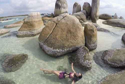 Life Goal! Kunjungi 5 Pulau Terindah di Indonesia Sebelum Ajal Memanggil 1- finansialku