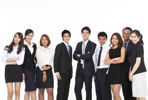 8 Cara Menyelesaikan Pekerjaan Lebih Efektif untuk Karyawan Sibuk - Finansialku