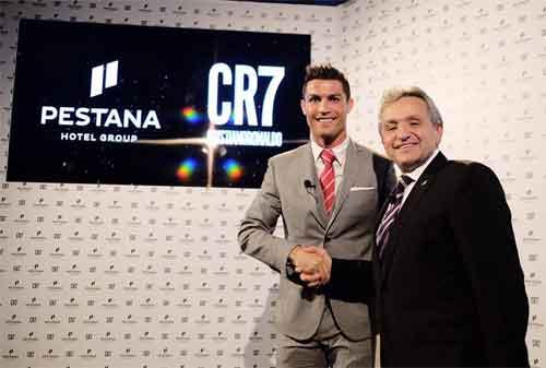 Bagaimana Cristiano Ronaldo Mengelola Keuangannya Yuk Kita Intip Gaya Hidupnya! 4 - Finansialku