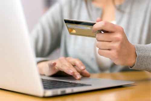 Para Karyawan, Penuhi 8 Syarat Ini agar Persetujuan Kredit Anda Lancar 1 - Finansialku