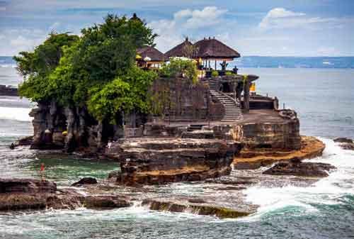 Tempat Liburan ke Bali dan Lombok, I Love It! 06 - Finansialku