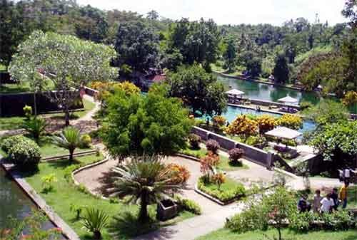 Tempat Liburan ke Bali dan Lombok, I Love It! 14 - Finansialku