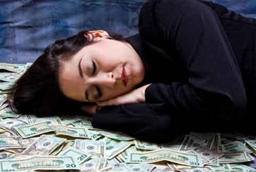 10 Kebiasaan Ampuh agar Menjadi Seorang Miliarder 02 - Finansialku
