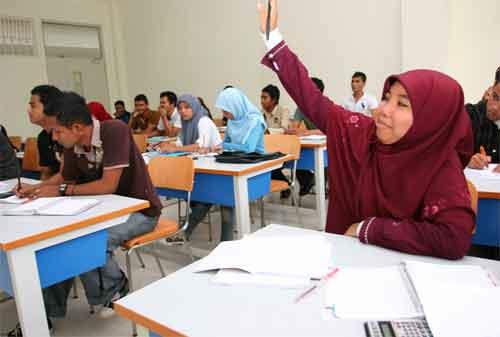 Apakah Berisiko, Mahasiswa Mengajukan KTA untuk Modal Kuliah 01 - Finansialku