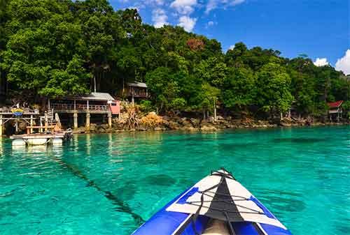 Life Goal! Kunjungi 5 Pulau Terindah di Indonesia Sebelum Ajal Memanggil 01 - Finansialku