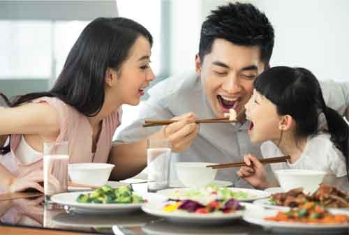 Moms, Ini Cara Hemat Keluar Uang untuk Makan di Resto 01 - Finansialku
