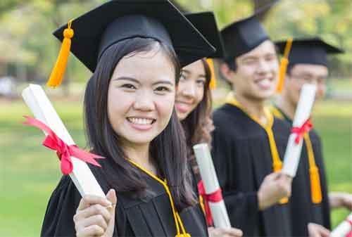 Moms, Persiapkan Tabungan dan Investasi Pendidikan Anak Sejak Dini 02 - Finansialku