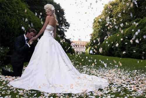5+ Cara Berhemat Dalam Mempersiapkan Pernikahan Mewah 01 - Finansialku