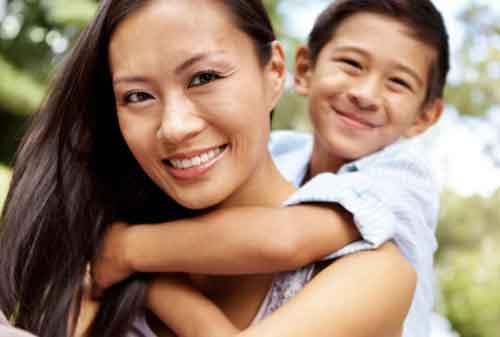 5 Pendidikan Keuangan yang Harus Diajarkan Seorang Ibu Kepada Anaknya 01 - Finansialku
