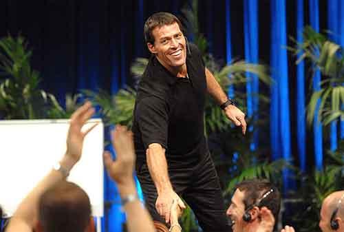 Pahami Teori Kesuksesan ala Tony Robbins – Motivator Termahal Di Dunia 02 - Finansialku