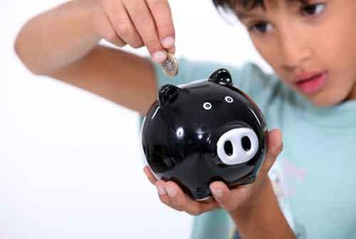 Tips dan Trik Mengajarkan Anak Jadi Hemat dan Tidak Boros 01 - Finansialku