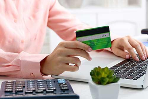 9 Hal yang Harus Anda Hindari Jika Memiliki Lebih dari 2 Kartu Kredit 01 - Finansialku
