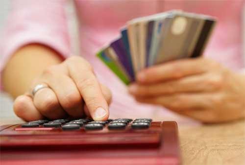 9 Hal yang Harus Anda Hindari Jika Memiliki Lebih dari 2 Kartu Kredit 02 - Finansialku