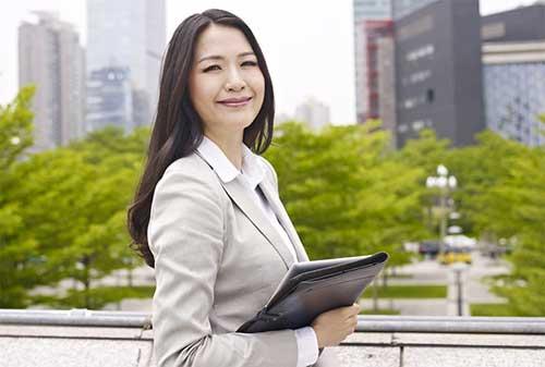 HR Apakah Karyawan Anda Menghadapi Permasalahan Keuangan Ini 5 Tandanya 02 - Finansialku
