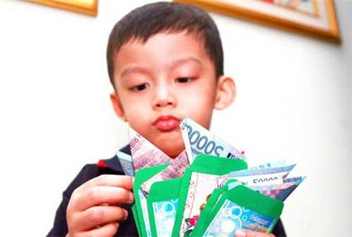 Tradisi Khas Lebaran di Indonesia dan Tradisi Unik Lebaran di Seluruh Dunia 02 - Finansialku