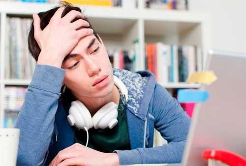 Ada 7 Alasan Fresh Graduate Susah Cari Kerja. Ini Solusinya! 01 - Finansialku