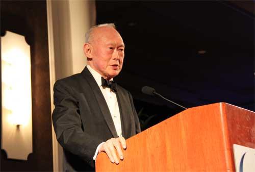 Kenapa Singapura Maju Kenali Sosok Lee Kuan Yew dan Kata-Kata Motivasi Beliau 06 - Finansialku