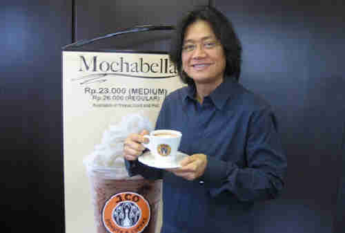 Kisah Sukses Johnny Andrean Pendiri J.Co, BreadTalk dan Johnny Andrean Salon 01 - Finansialku