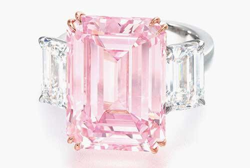 Perhiasan Termahal dan Termewah di Dunia, termasuk Gelang Emas 12 - Finansialku