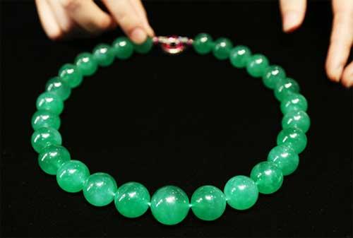 Perhiasan Termahal dan Termewah di Dunia, termasuk Gelang Emas 15 - Finansialku
