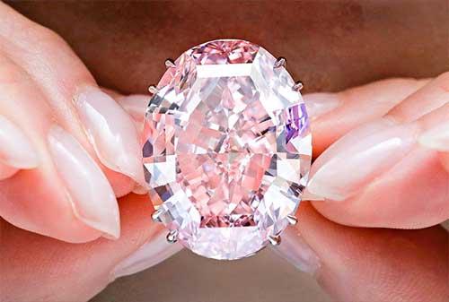 Perhiasan Termahal dan Termewah di Dunia, termasuk Gelang Emas 20 - Finansialku