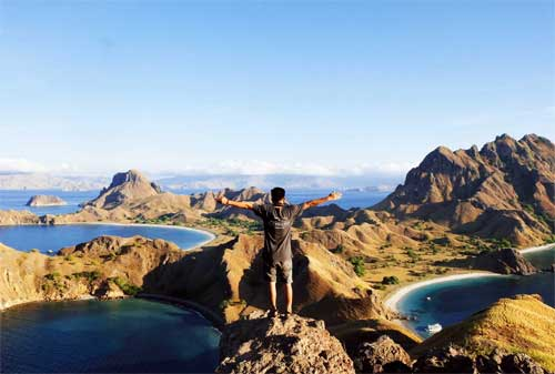 Rencanakan Dana Liburan untuk Melihat Keindahan Pulau Komodo (Hemat dan Murah) 02 - Finansialku