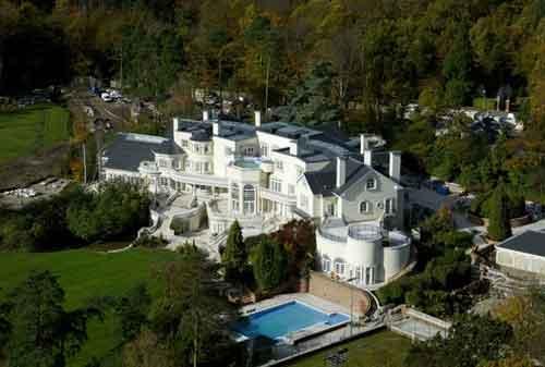 10 Foto Rumah Mewah di Dunia. Ayo Tebak Berapa Harganya 02 - Finansialku