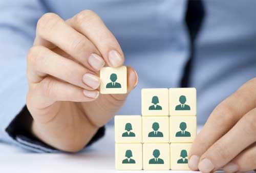 9 Jenis Gaya Kepemimpinan dalam Organisasi Berdasarkan Teori Kepemimpinan yang Harus Anda Ketahui 02 - Finansialku
