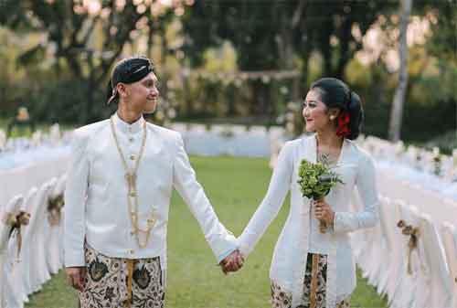 Biaya Pernikahan Masih Kurang, Terus Pakai KTA Saja. MIKIR! 01 - Finansialku