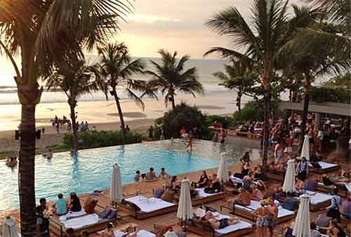 Kekinian! Inilah Top 10 Beach Club Di Bali 08 - Finansialku