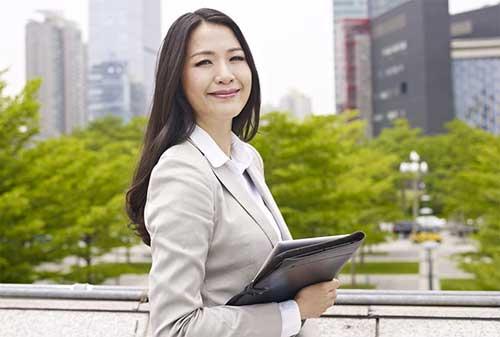 Kenali Peluang Usaha Melakukan Bisnis Online Untuk Wanita Karir 01 - Finansialku