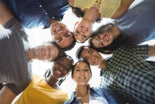 Para Fresh Graduate, Baca 9 Panduan Keuangan untuk Hidup Sukses 01 - Finansialku
