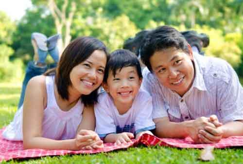 14 Cara Berpikir Positif di Keluarga yang Membuat Hubungan Kekeluargaan Makin Akrab 02 - Finansialku
