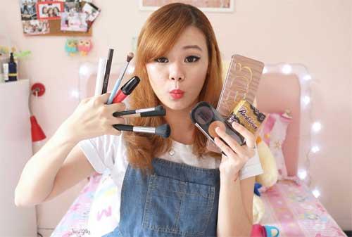 Bagaimana Cara Membuat Beauty Vlog YouTube Terbaik 01 - Finansialku