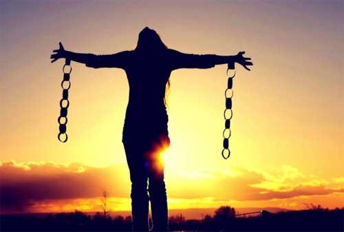 Bagaimana Cara Resign Kerja, Hidup Sejahtera, Mencapai Financial Freedom dan Bekerja Karena Passion 01 - Finansialku